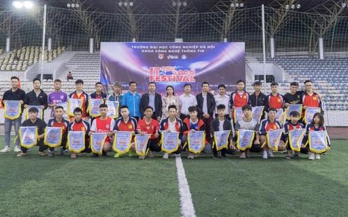 Phối hợp tổ chức giải bóng đá Sinh viên ĐH Công nghiệp