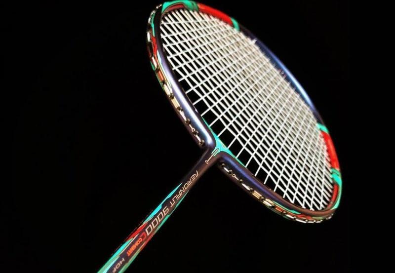 Luật về vợt thi đấu cầu lông