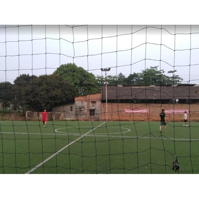 Sân bóng đá Cống Chèm