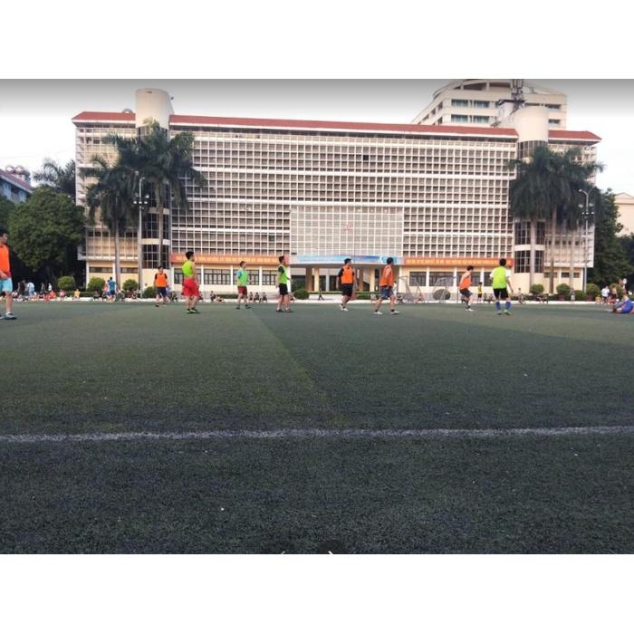 Sân bóng đá Học Viện Kĩ Thuật Quân Sự