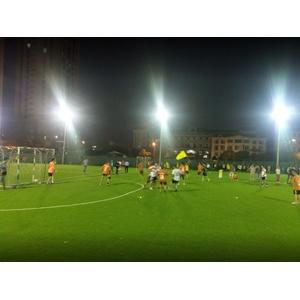 Sân bóng Thành Đồng