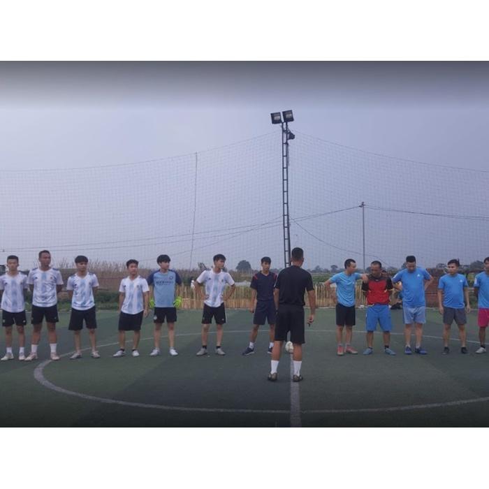 Sân bóng đá Công Đình