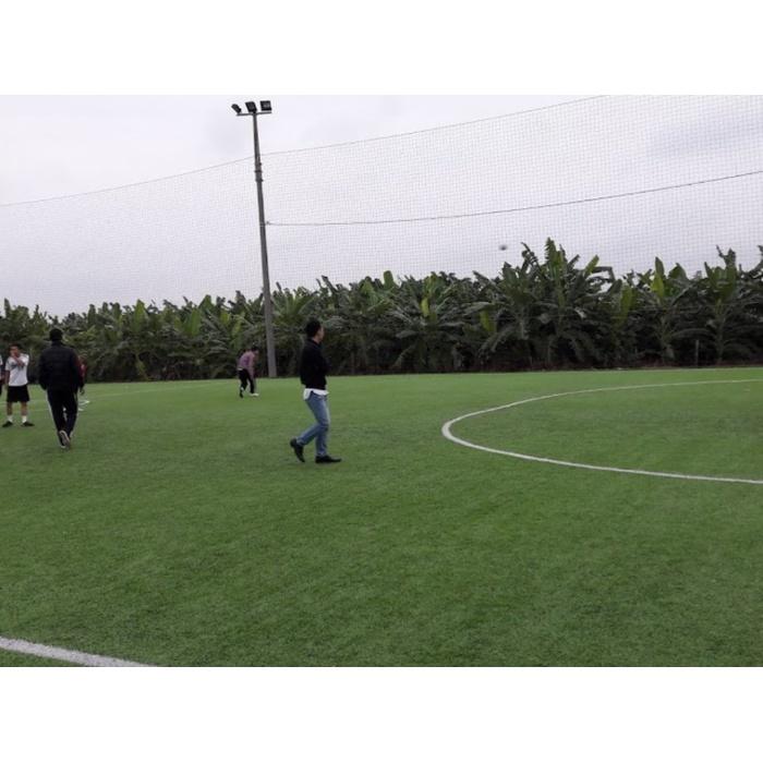 Sân bóng đá Thạch Cầu