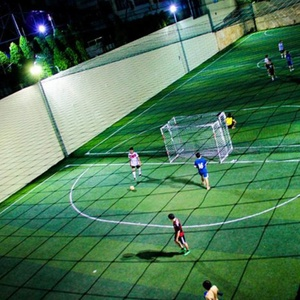 Sân bóng đá Hùng Vương