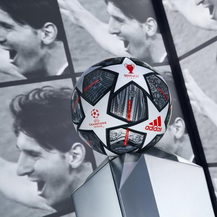 Quả bóng đá Adidas Chung kết Champion League 2021