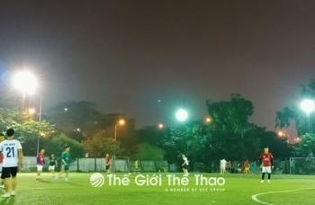 Sân bóng nhân tạo Mễ Trì Thượng
