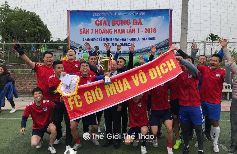 Sân bóng Nam Hoàng - Phú Minh