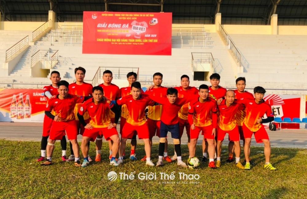 Sân bóng đá Thị trấn Sóc Sơn - Hà Nội