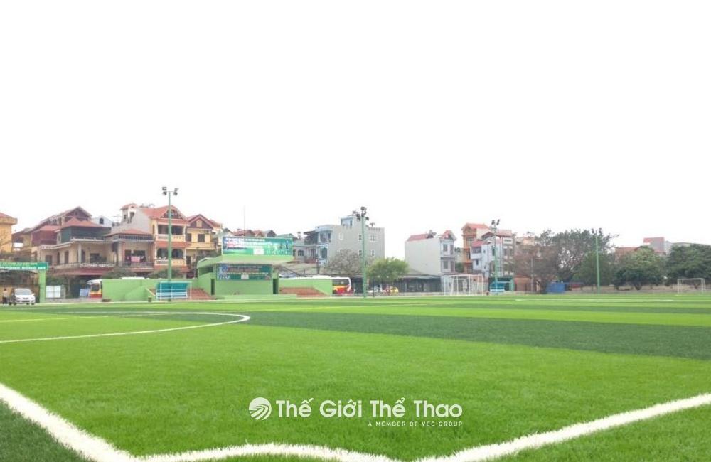 Sân bóng đá Đông Mỹ