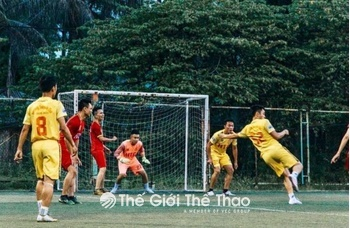 Sân bóng Việt Anh Tân Xá - Thạch Thất Hà Nội