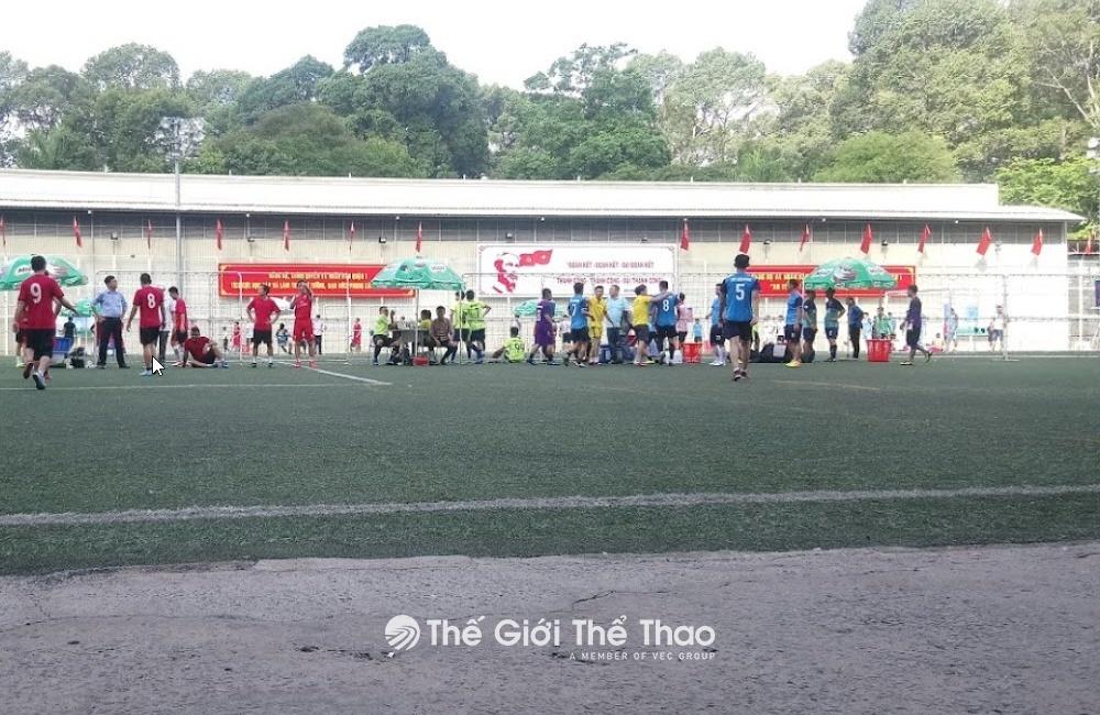 Sân bóng cung văn hóa Lao Động