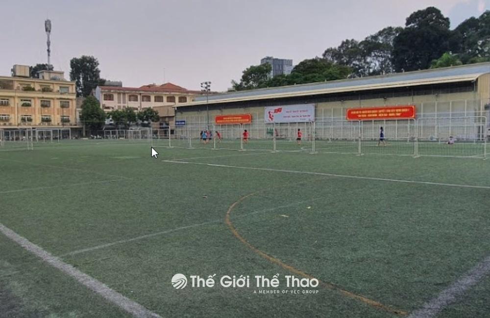 Sân bóng đá Tao Đàn