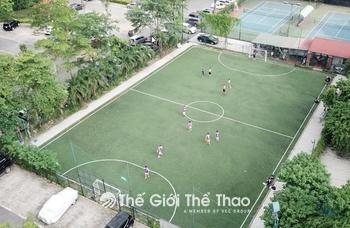 Sân bóng Viglacera Hoàng Hoa Thám