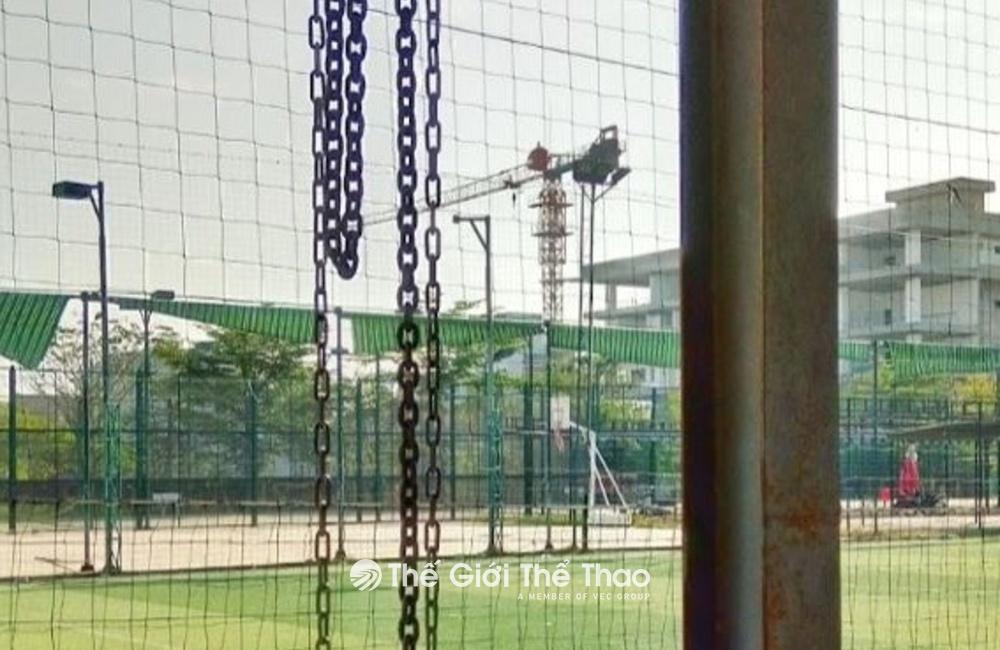 Sân bóng trường Đại học Duy Tân