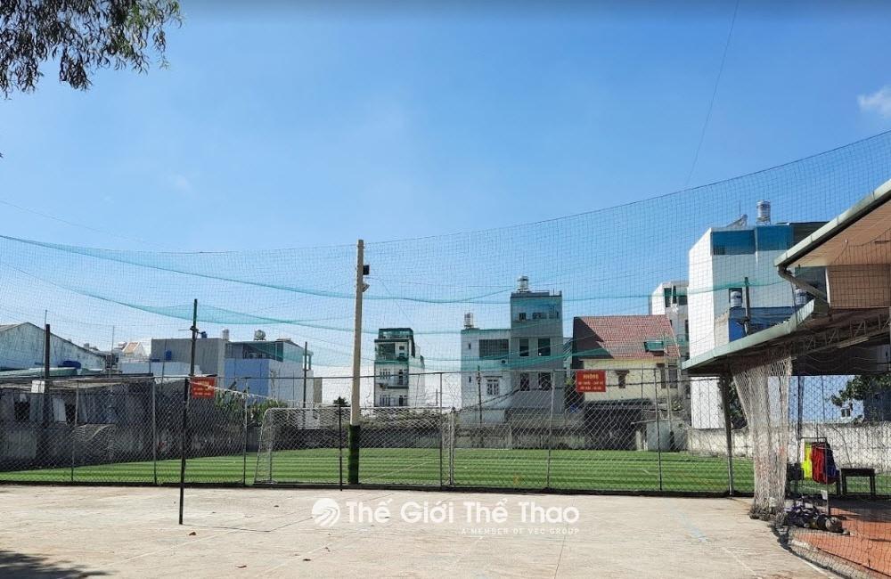Sân bóng đá Ba Thôn
