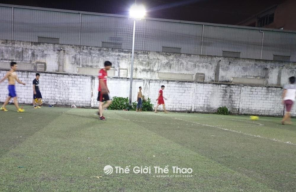 Sân bóng Hồng Trí