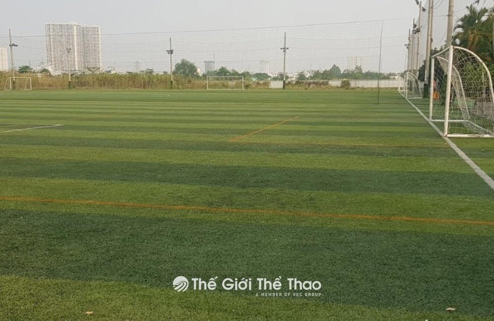 Sân bóng Nam Sài Gòn