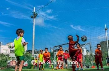 Sân bóng đá Cafe - Goal 90'+1