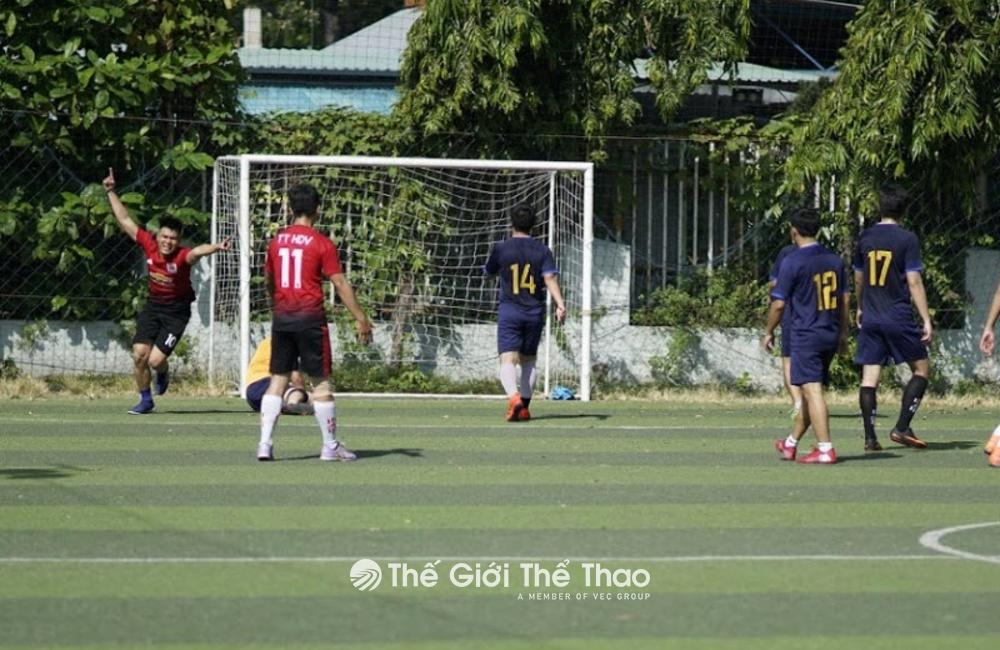 Sân bóng đá mini Phú Thọ