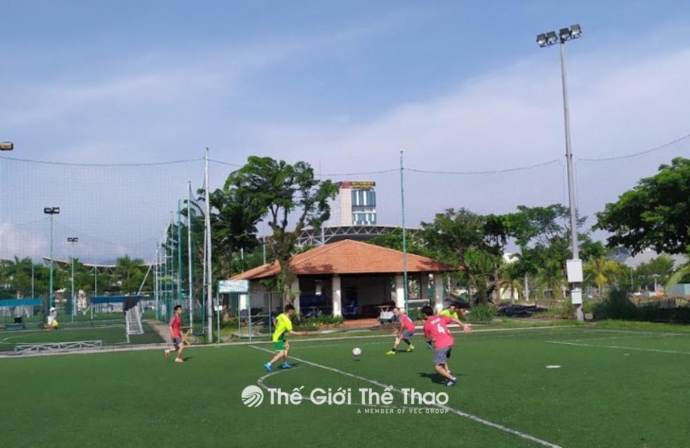 Sân bóng làng thể thao Tuyên Sơn