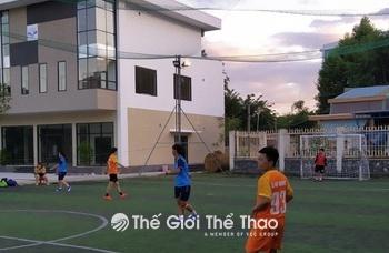 Sân bóng trường cao đẳng thương mại Đà Nẵng