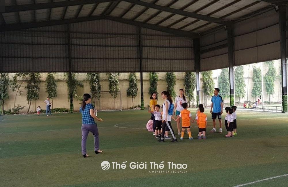 Sân bóng Gia Nguyễn