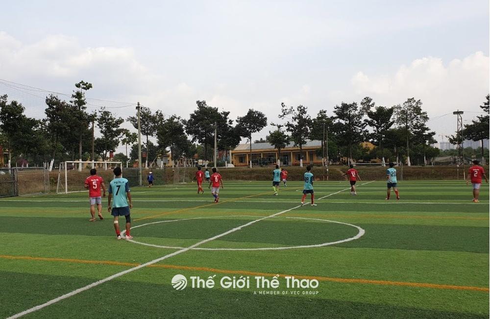 Sân bóng Song Phát