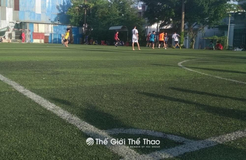 Sân bóng Lam Sơn