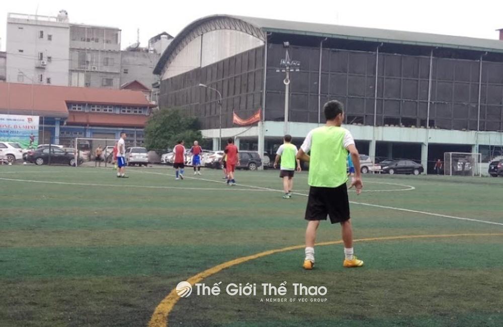 Sân bóng Trung tâm TDTT Hoàn Kiếm