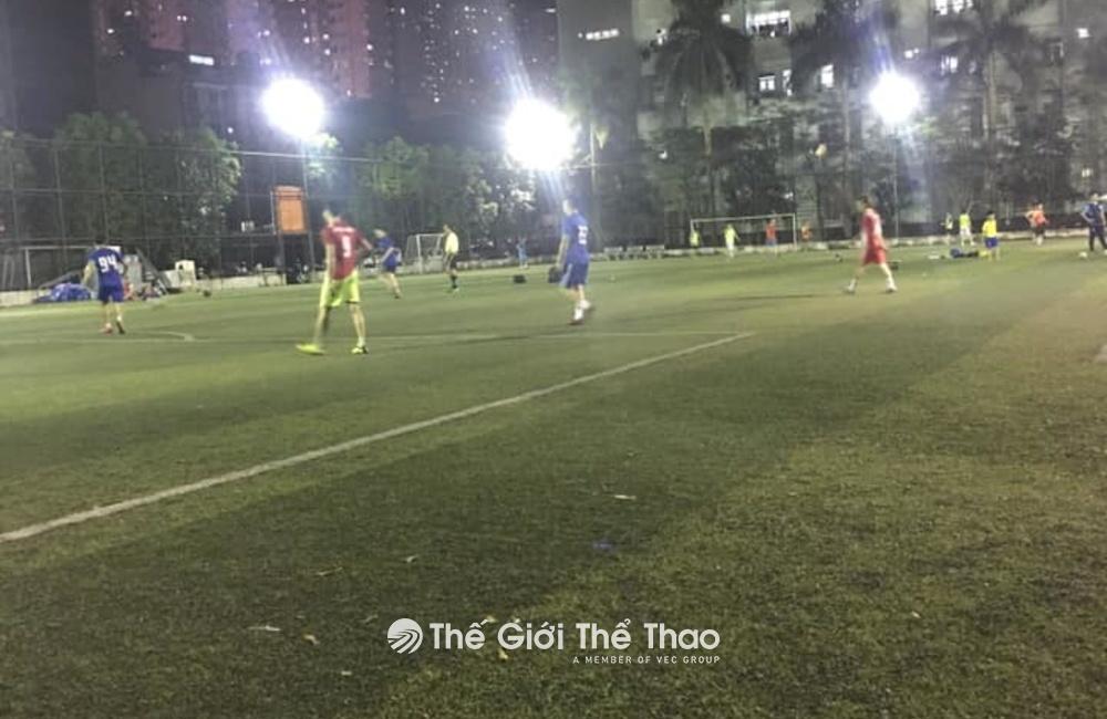 Sân bóng đá Huyền Anh Thanh Trì