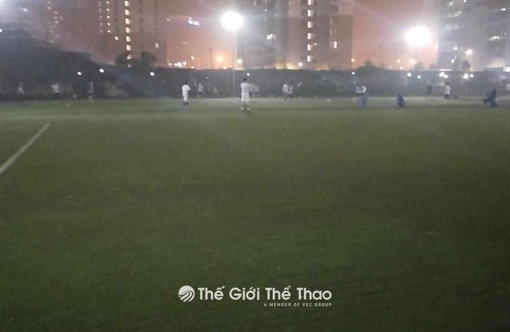 Sân bóng Sơn Trang 2