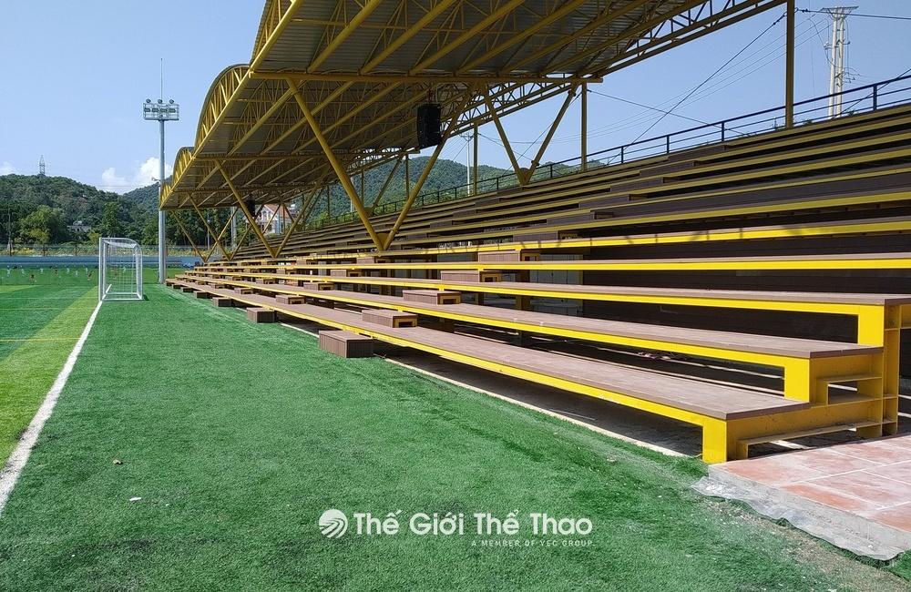 Sân Bóng Phương Đông Vân Đồn Quảng Ninh