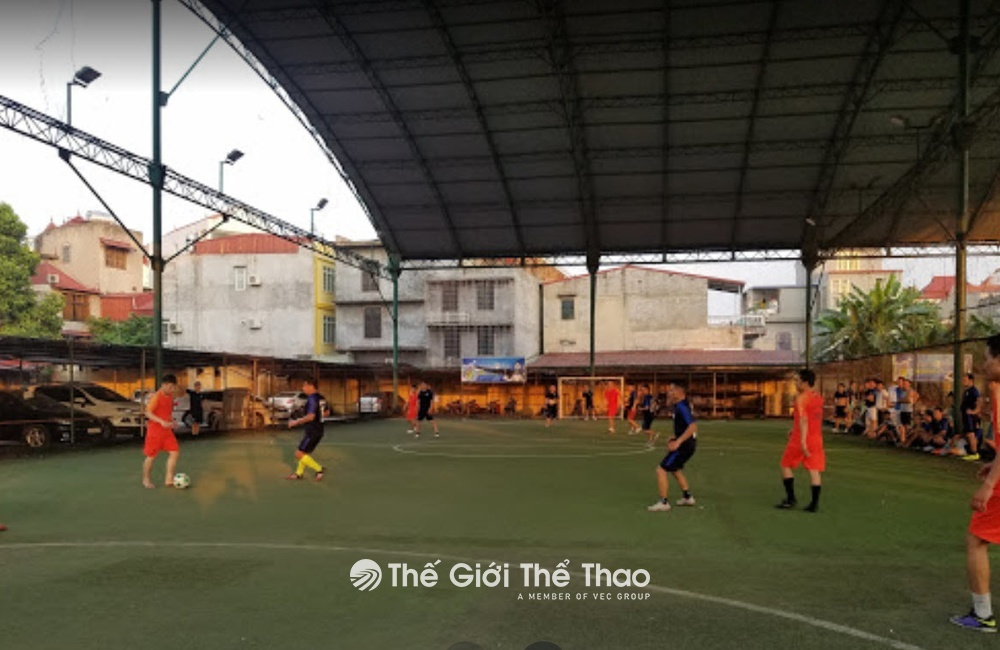 Sân bóng cỏ nhân tạo 240 Đà Nẵng, Vạn Mỹ, Ngô Quyền