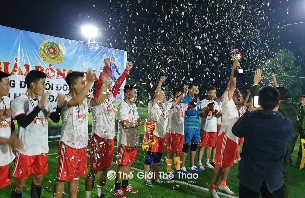 Sân Bóng 79 Đà Bắc - Đà Bắc Hòa Bình