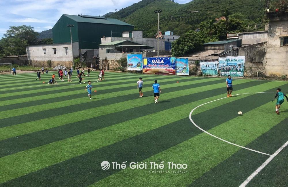 Sân cỏ nhân tạo Kim Bôi - Kim Bôi Hòa Bình