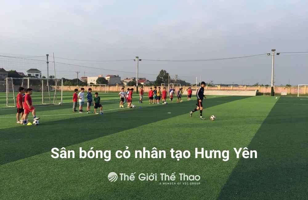 Sân bóng Trường Đoàn Thị Điểm Greenfield - Văn Giang Hưng Yên