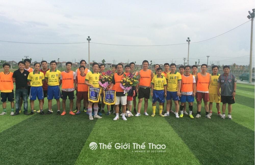 Sân bóng Đông Ngàn - Từ Sơn Bắc Ninh