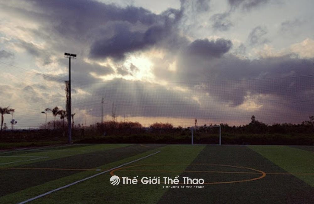 Sân bóng trường Đại học Thủy Lợi Cơ sở Hưng Yên