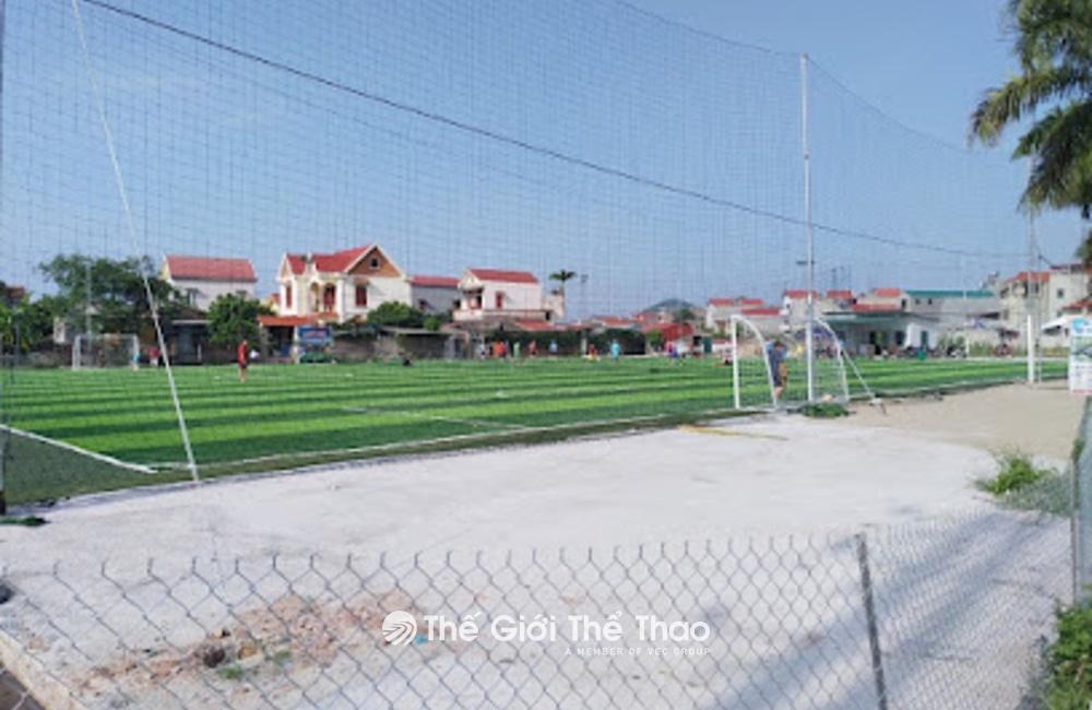 Sân bóng nhân tạo làng Thượng - Việt Yên Bắc Giang