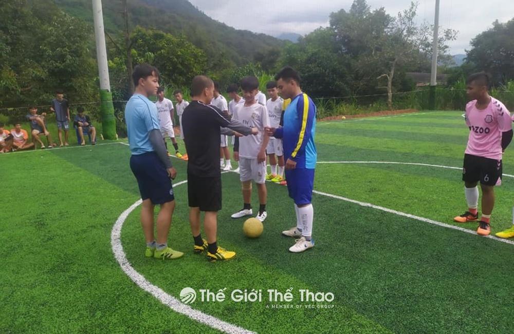 Sân bóng TNT - Thạch Thất Hà Nội