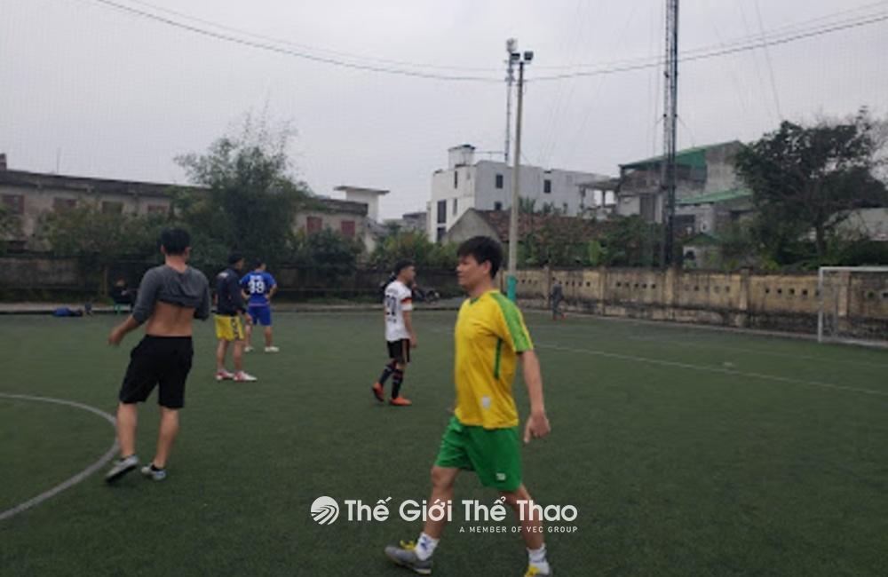 Sân bóng Quán Bàu - TP Vinh Nghệ An