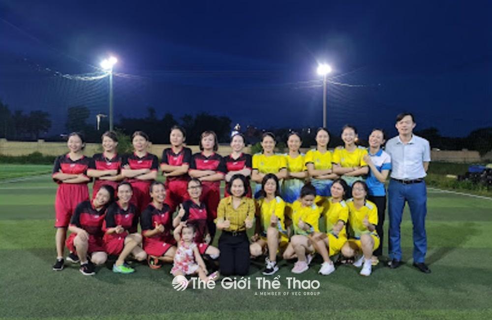 Sân bóng trường cao đẳng y Hà Tĩnh - Hà Tĩnh