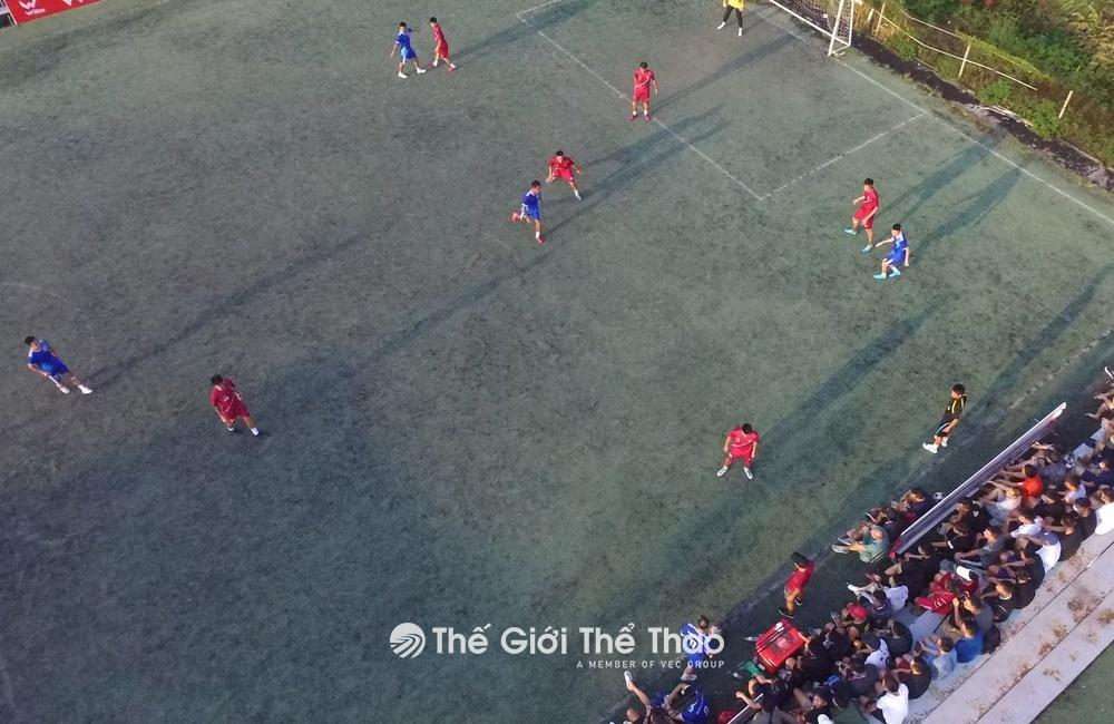 Sân bóng đá Lê Lai