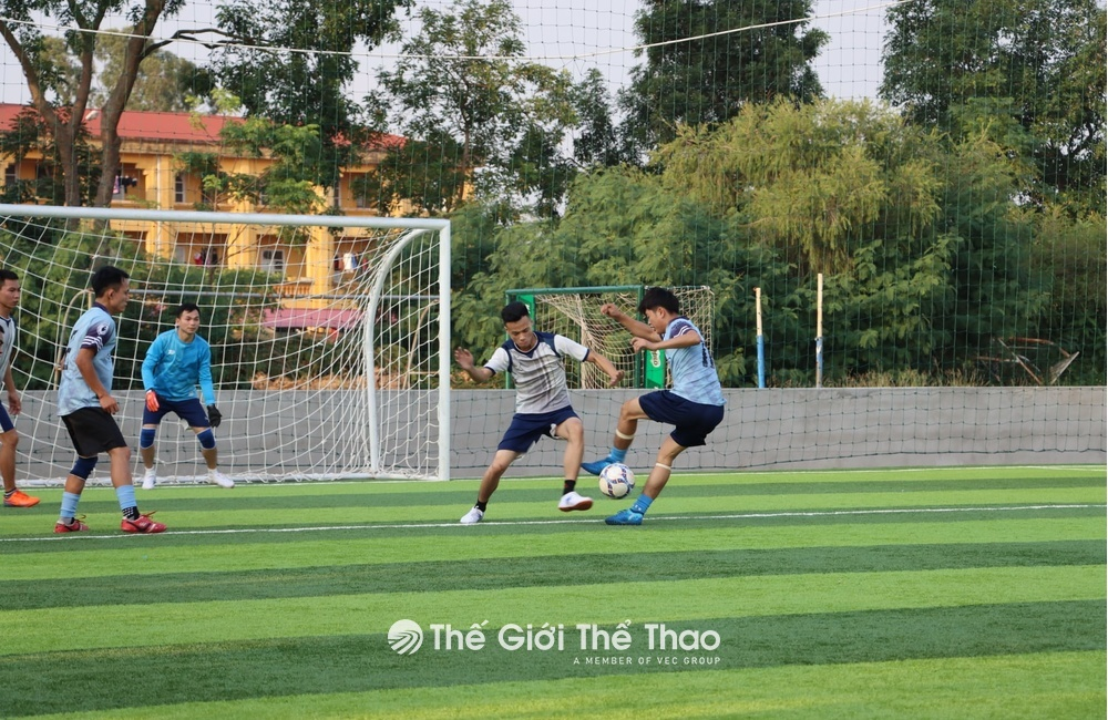 Sân bóng nhân tạo Nông Lâm - Việt Yên - Bắc Giang