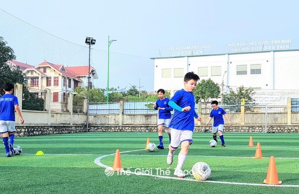 Sân Bóng Đồng Công - Hiệp Hòa Bắc Giang
