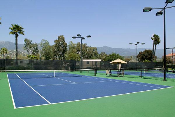 Sân tennis nhựa tổng hợp